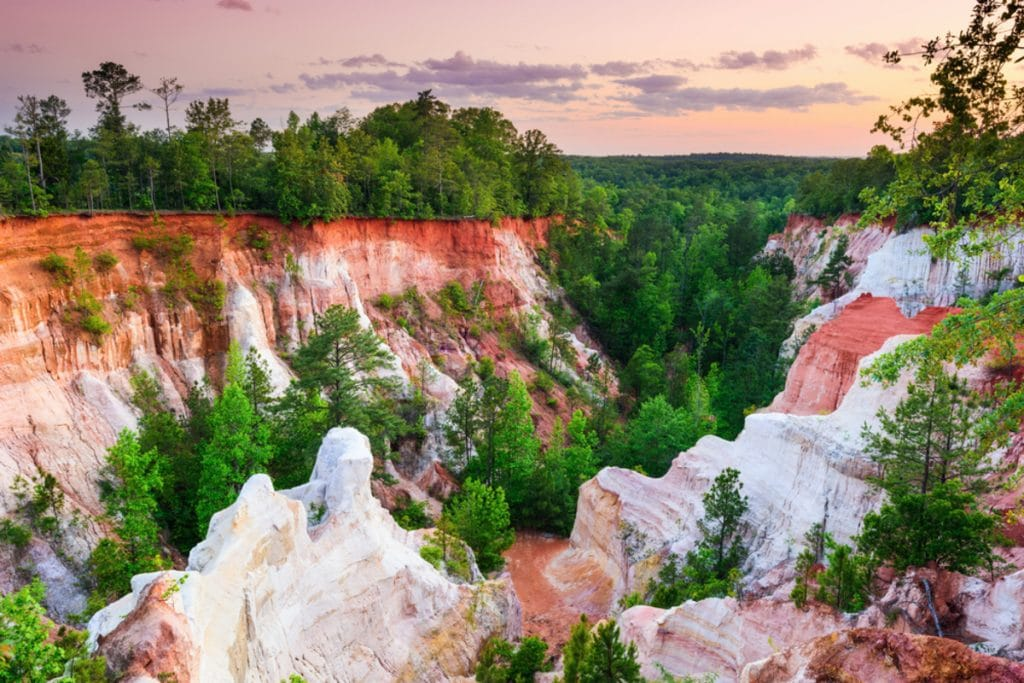 """This Amazing """"Natural Wonder"""" In Georgia Is Actually Completely Unnatural"""