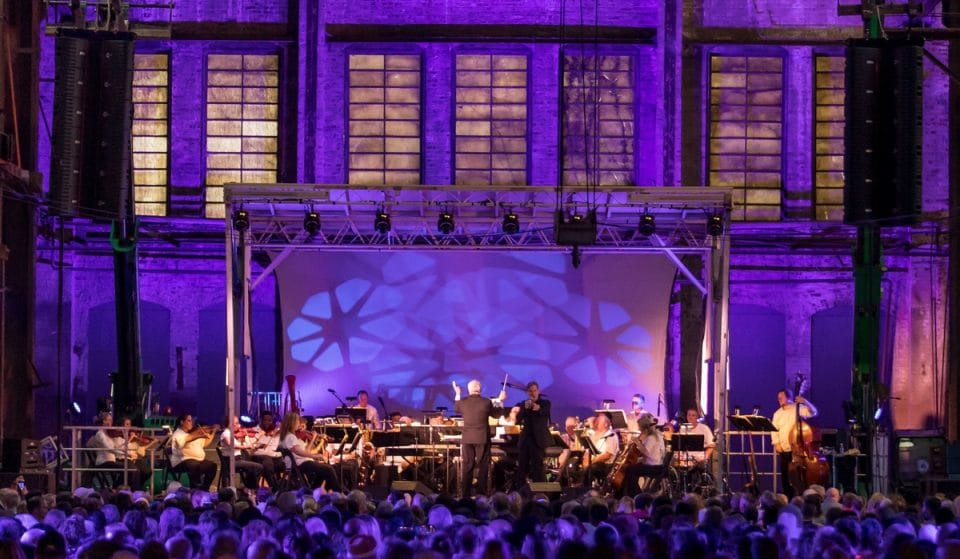45-Piece Orchestra Take On Hollywood Classics For This Unforgettable Outdoor Concert