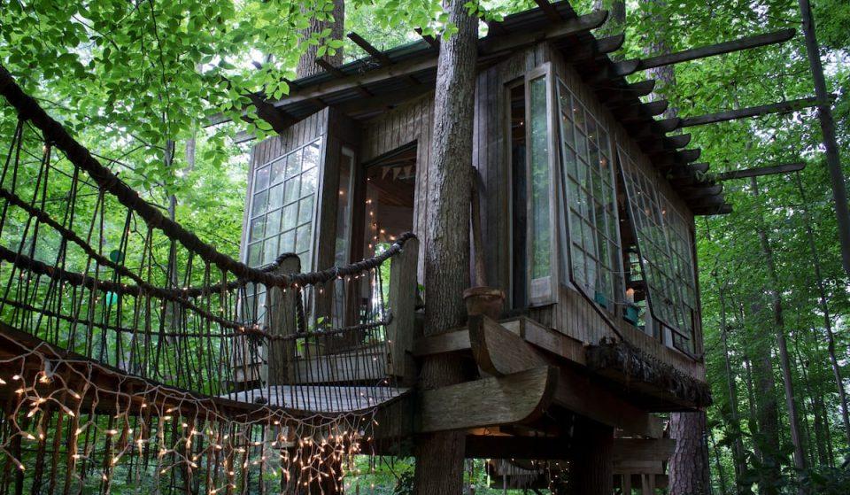 This Enchanting Tree House In Atlanta Is The Ultimate Glamping Getaway